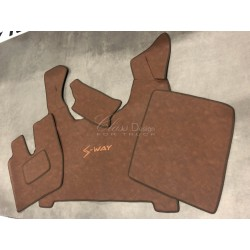 Tapis et couvre moteur pour Iveco S-Way Deluxe marron lisse